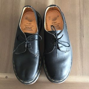 Doc Marten Brogues Made in England